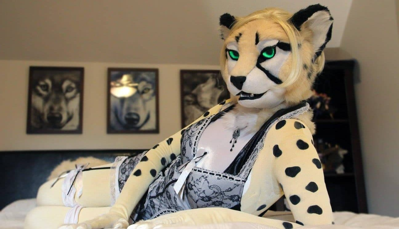 Talking Furries Fursuits And Anthro Porn With Rhea Algarin Mx